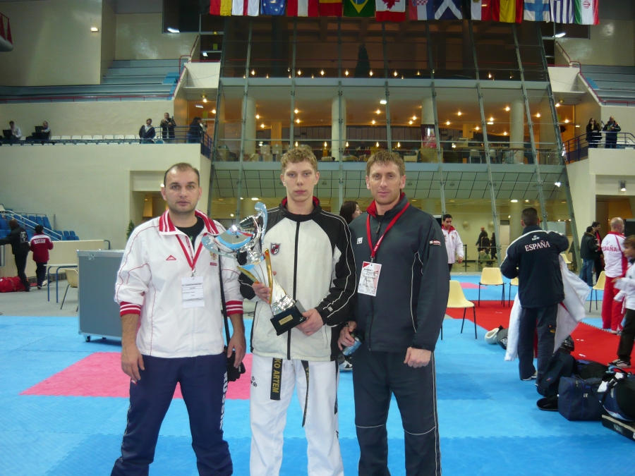 Рязанец завоевал серебряный кубок «France Open 2009»