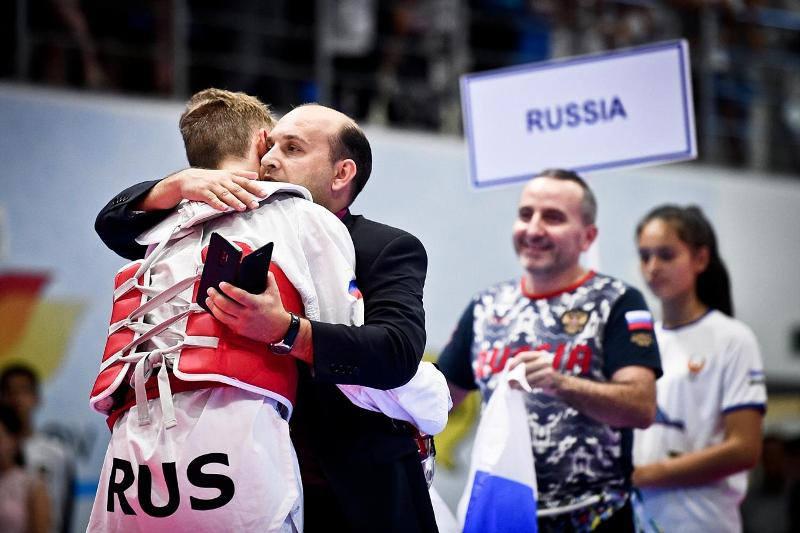 Сергей Косьяненко признан лучшим тренером юношеского чемпионата мира